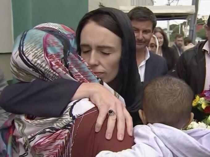 Jacinda Ardern Detail: Neuseeland Trauert Mit Seinen Muslimen